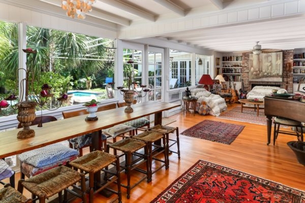 Lovely Palm Beach Bungalow